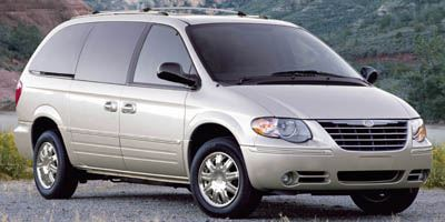 Used Car / Truck: 2007 Chrysler Town & Country