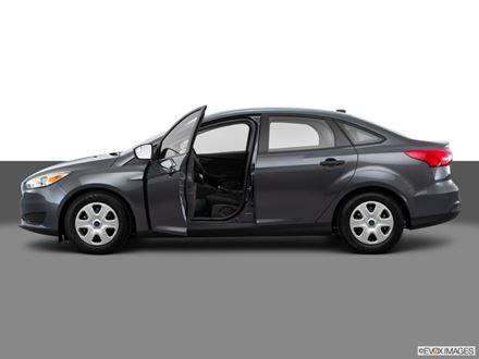 New 2018 Ford Focus SE [VIN: 1FADP3F24JL259829] for sale in Washington, Missouri