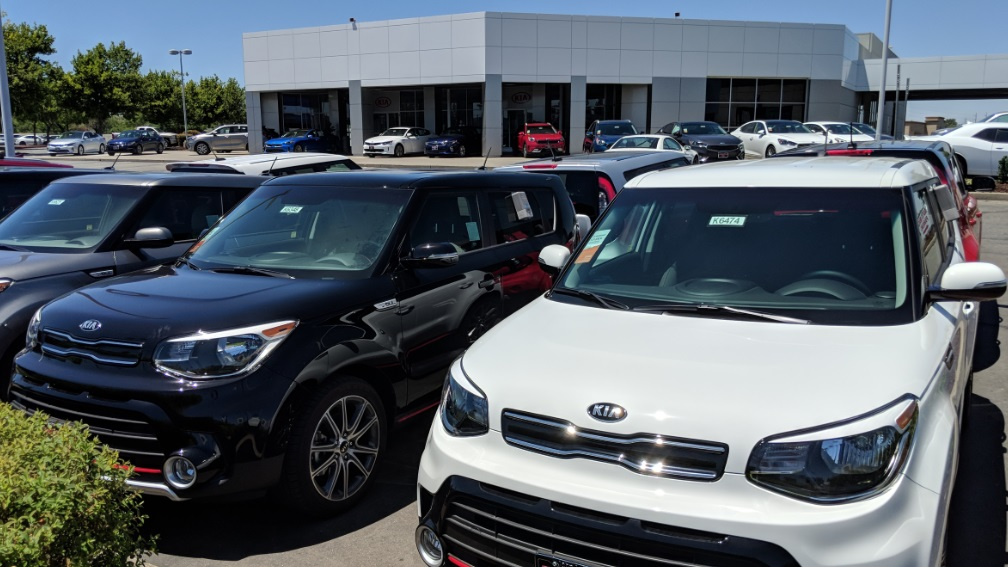 Welcome to the new Roseville Kia location