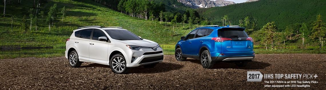 2017 Toyota RAV4 vs. 2017 Hyundai Santa Fe Sport | Braintree, MA