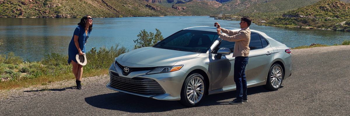 Test Drive The 2018 Toyota Camry Le And Xle Trims