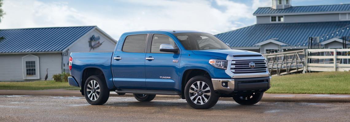 2018 Toyota Tacoma vs  2018 Toyota Tundra Comparison