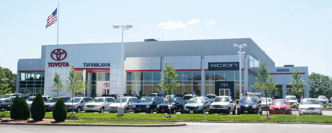 Toyota of Braintree Dealership Exterior View