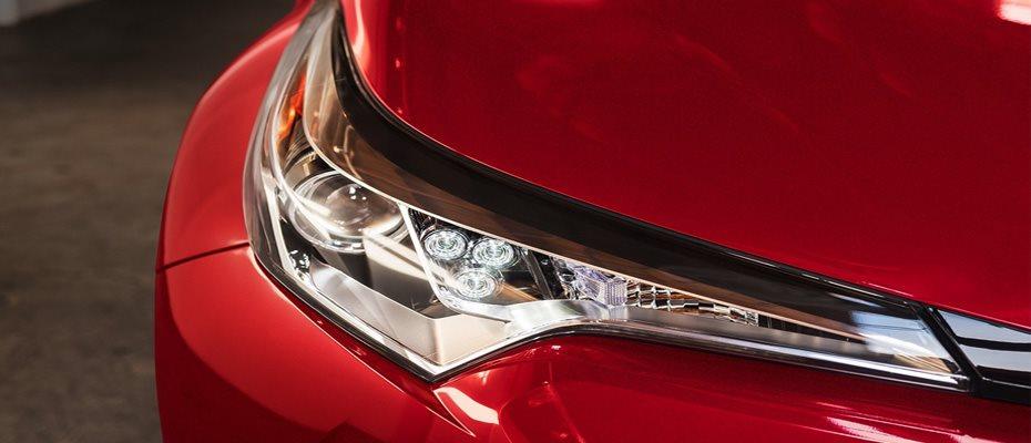 C-HR headlights