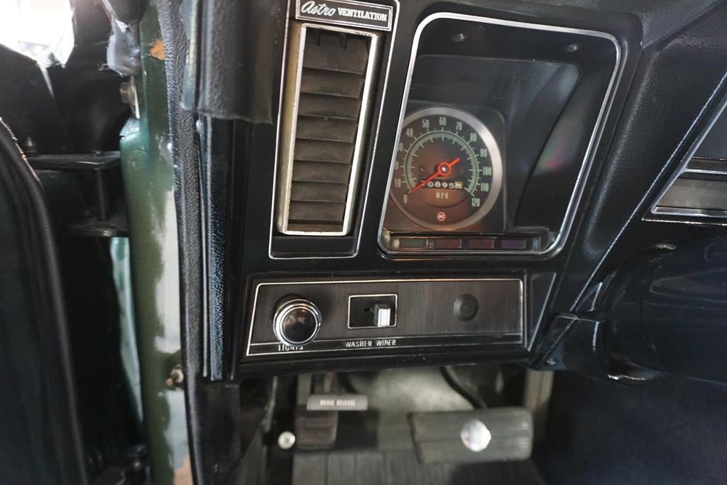 vehicle carousel slide 35