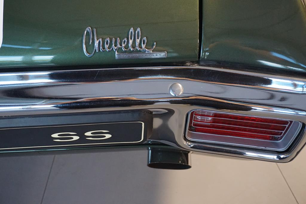 vehicle carousel slide 8