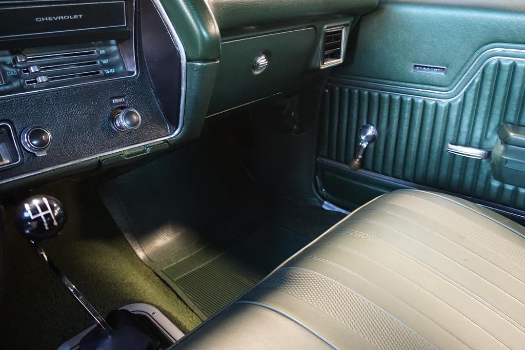 vehicle carousel slide 38