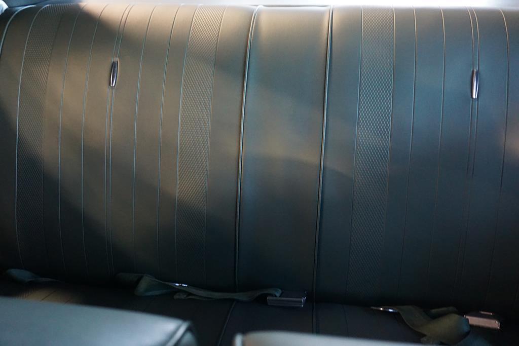 vehicle carousel slide 44