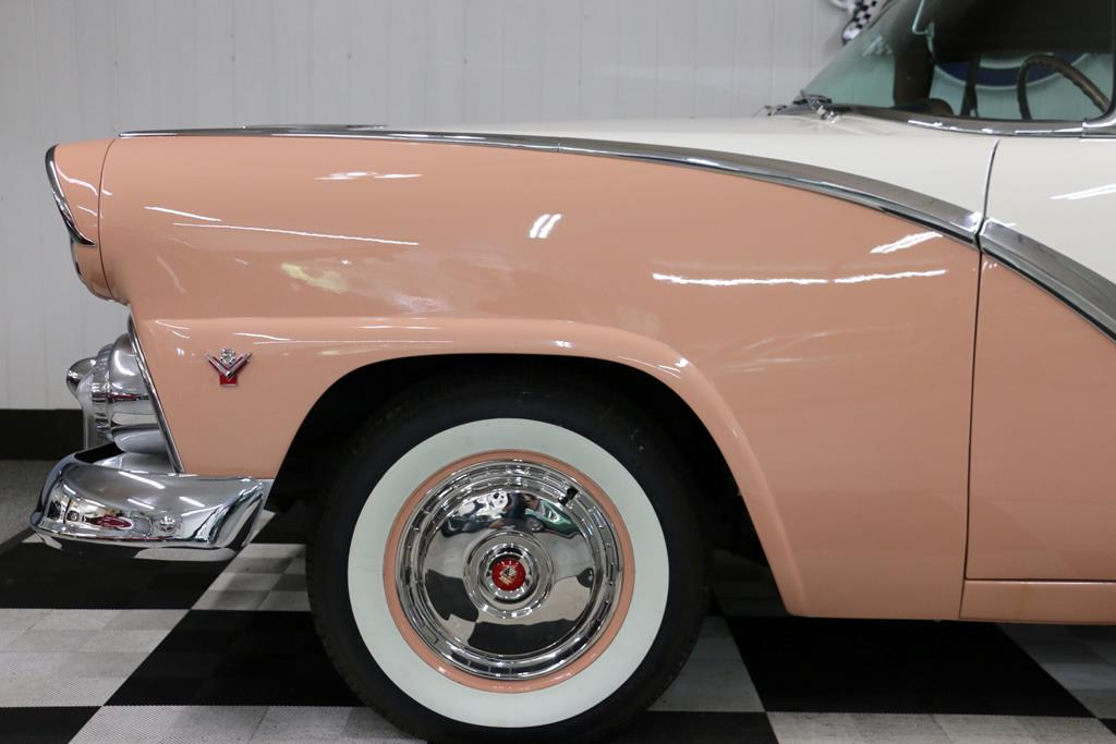 1955 Ford Crown Victoria 10