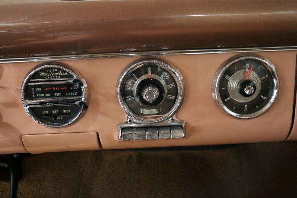 1955 Ford Crown Victoria 24