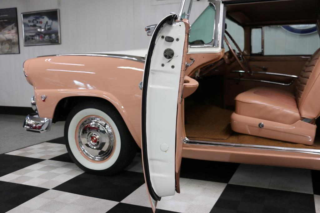 1955 Ford Crown Victoria 27