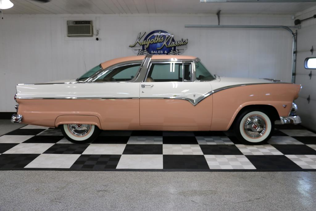 1955 Ford Crown Victoria 39