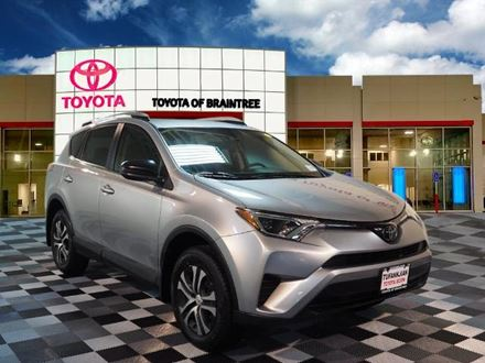 Used 2018 Toyota RAV4 LE [VIN: JTMBFREV4JJ198559] for sale in Braintree, Massachusetts