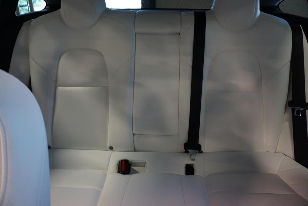 vehicle carousel slide 16