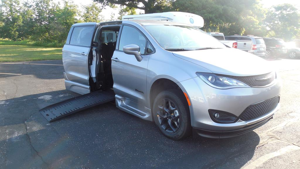 Call for Chrysler Pacifica Touring Sport Price