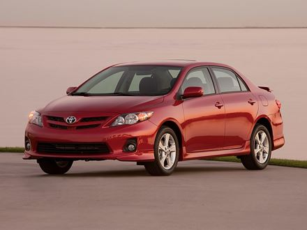 Used 2011 Toyota Corolla LE [VIN: 2T1BU4EE9BC552808] for sale in Braintree, Massachusetts