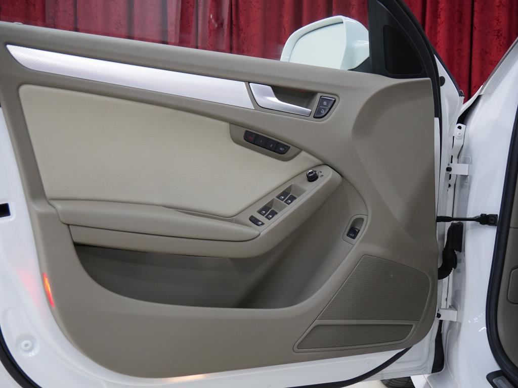 vehicle carousel slide 11