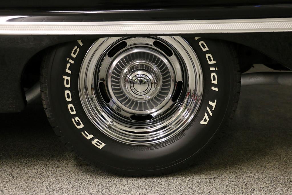 1963 Chevrolet Impala 15