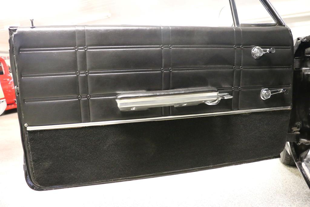 1963 Chevrolet Impala 30