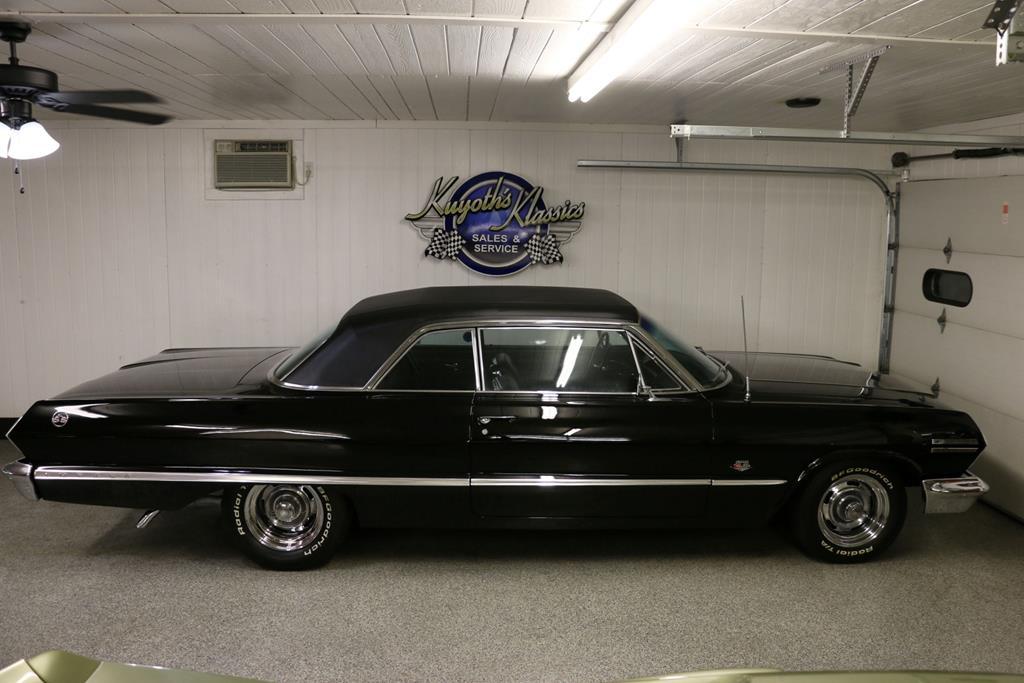 1963 Chevrolet Impala 43